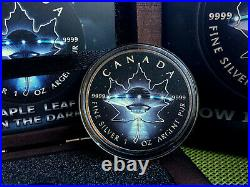 Canada Maple Leaf 1 Oz Silver 2017 Ufo Glow In The Dark 5$ Silver Coin